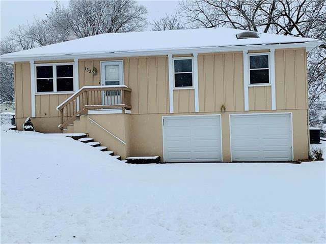 133 NW 4th Street, Blue Springs, MO 64014 (#2204581) :: Dani Beyer Real Estate