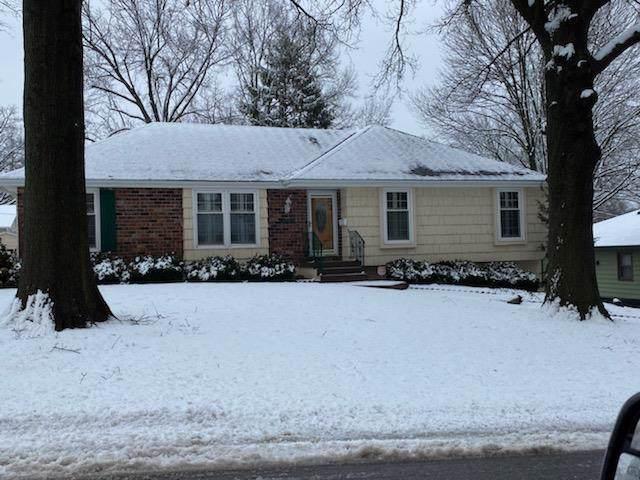 3905 Woodbury Street, Independence, MO 64055 (#2204652) :: Dani Beyer Real Estate