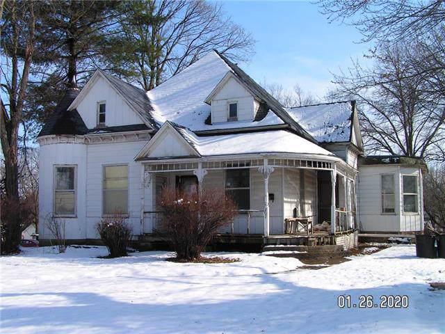 207 N Main Street, Windsor, MO 65360 (#2204742) :: Eric Craig Real Estate Team