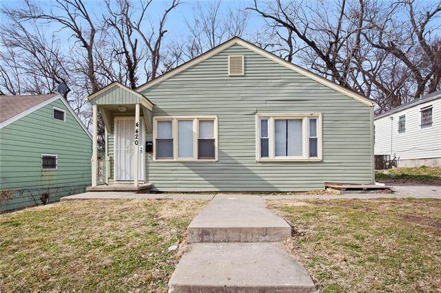 4420 Woodland Avenue, Kansas City, MO 64110 (#2204747) :: Eric Craig Real Estate Team
