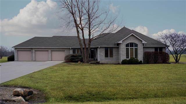 2315 Greenwood Drive, Ottawa, KS 66067 (#2205001) :: Five-Star Homes