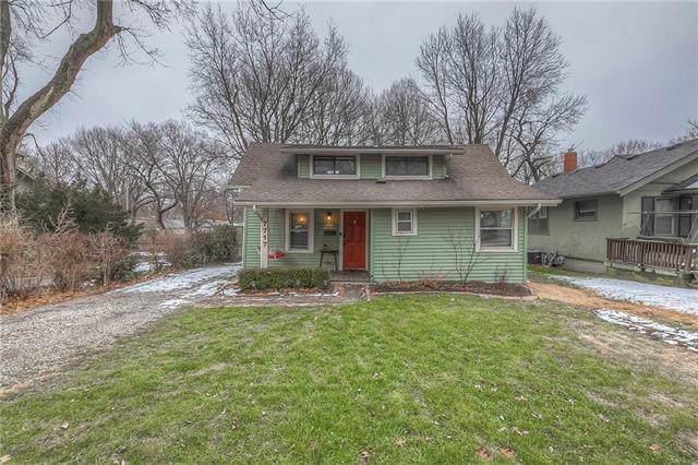 7717 Summit Street, Kansas City, MO 64114 (#2205122) :: Eric Craig Real Estate Team