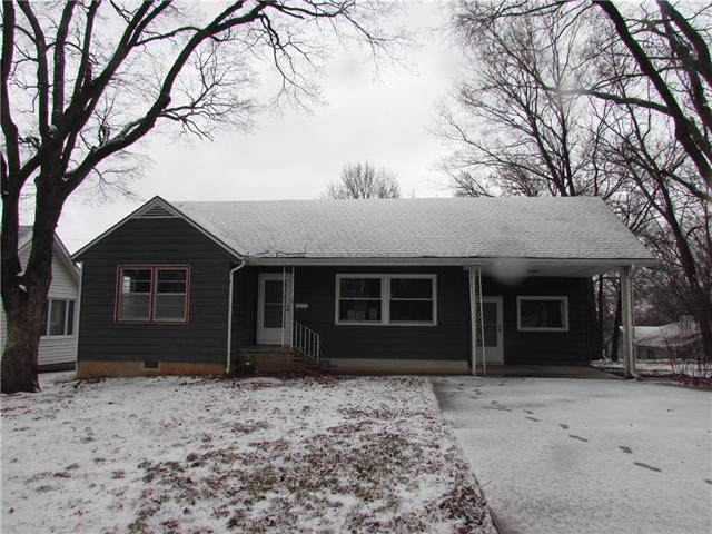 8 Tower Street, Paola, KS 66071 (#2205168) :: Eric Craig Real Estate Team