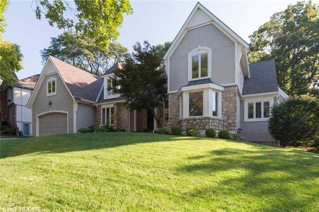4502 W 126th Street, Leawood, KS 66209 (#2205404) :: Eric Craig Real Estate Team