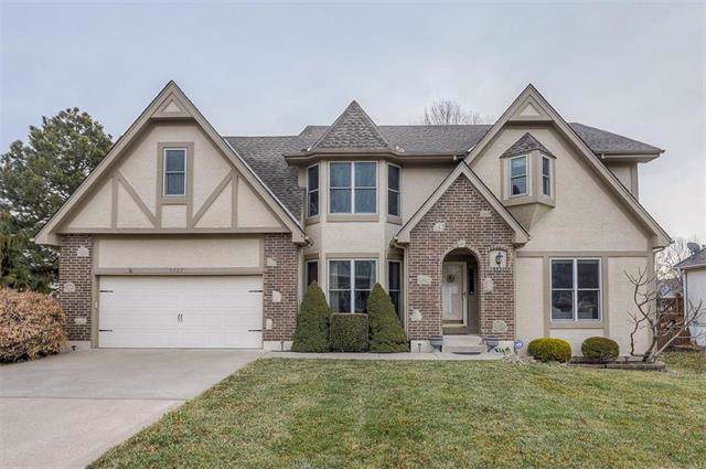 5127 SW Sandpiper Drive, Lee's Summit, MO 64082 (#2205460) :: Beginnings KC Team