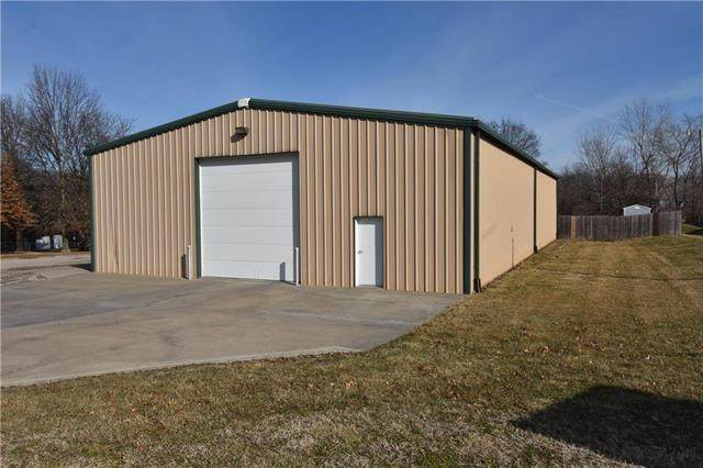 1801 Spruce Street, Higginsville, MO 64037 (#2205637) :: Edie Waters Network