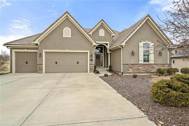 6002 NW 107th Street, Kansas City, MO 64154 (#2206043) :: Team Real Estate