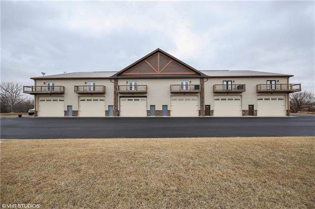7800 W 207 Street, Stilwell, KS 66085 (#2206067) :: Team Real Estate