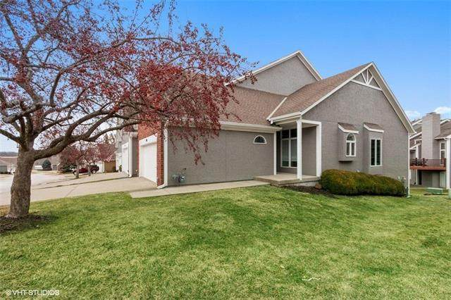 133 Pointe Drive, Gladstone, MO 64116 (#2206395) :: Audra Heller and Associates