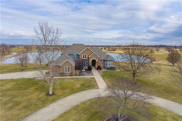 21315 S Mckee Lane, Pleasant Hill, MO 64080 (#2206520) :: The Shannon Lyon Group - ReeceNichols