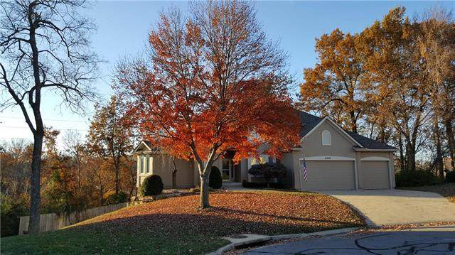 4608 NW Birkdale Place, Lee's Summit, MO 64064 (#2206869) :: Dani Beyer Real Estate