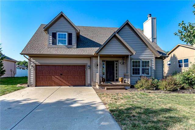 20528 W 221st Street, Spring Hill, KS 66083 (#2206981) :: Kedish Realty Group at Keller Williams Realty