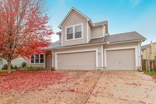 1143 SW Santa Fe Drive, Lee's Summit, MO 64081 (#2207098) :: Eric Craig Real Estate Team