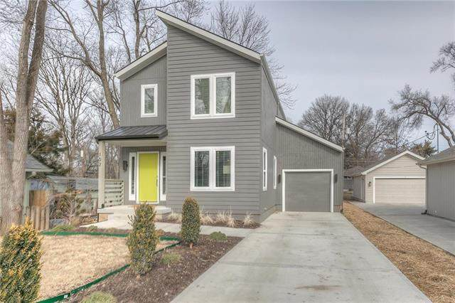 102 E 81st Street, Kansas City, MO 64114 (#2207127) :: Dani Beyer Real Estate