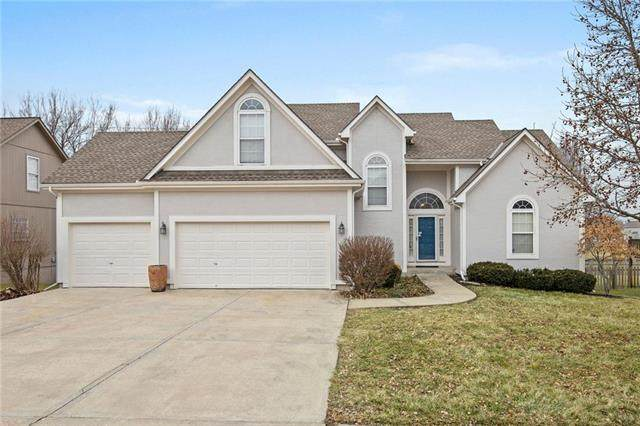 6000 NE Turquoise Drive, Lee's Summit, MO 64064 (#2207167) :: Eric Craig Real Estate Team