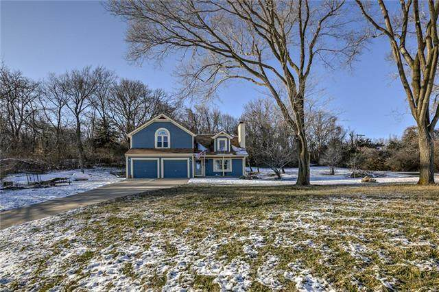 12310 NW River Road, Parkville, MO 64152 (#2207206) :: Audra Heller and Associates