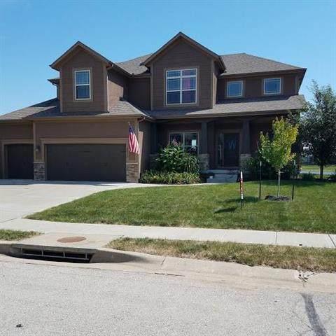8824 SW 4th Street, Lee's Summit, MO 64064 (#2207260) :: Dani Beyer Real Estate