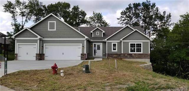 1017 SE Wood Ridge Court, Blue Springs, MO 64014 (#2207337) :: Team Real Estate