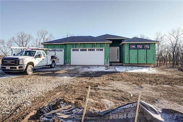 525 South Shore Drive, Lake Winnebago, MO 64034 (#2207404) :: Five-Star Homes