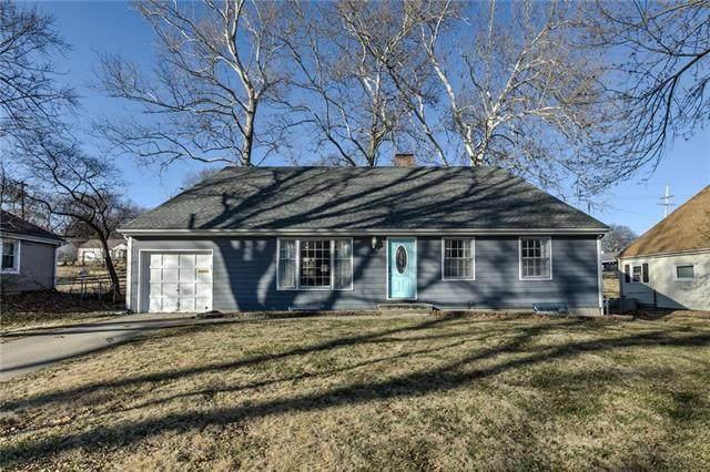 4002 NE 51st Terrace, Kansas City, MO 64119 (#2207479) :: Edie Waters Network