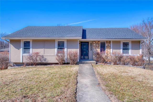 8022 N Tracy Avenue, Kansas City, MO 64118 (#2207480) :: Audra Heller and Associates