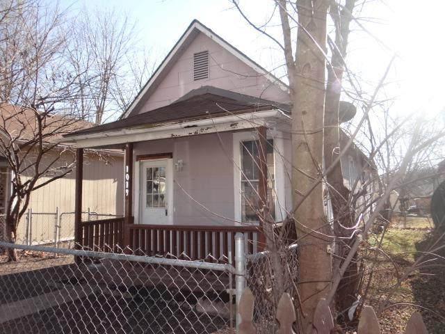 1019 Pottawatomie Street, Leavenworth, KS 66048 (#2207586) :: House of Couse Group