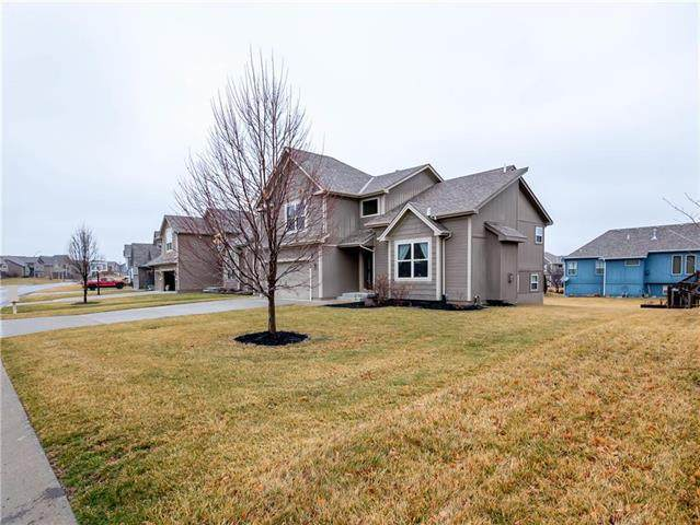 806 Eve Orchid Drive, Greenwood, MO 64034 (#2207597) :: Ask Cathy Marketing Group, LLC