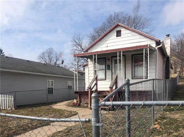 1814 Savannah Avenue, St Joseph, MO 64505 (#2207734) :: Team Real Estate