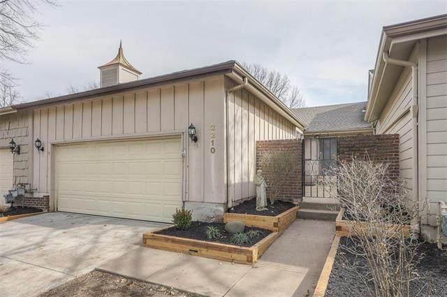 2210 Condolea Terrace, Leawood, KS 66209 (#2207869) :: Kedish Realty Group at Keller Williams Realty