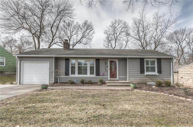 7340 Canterbury Street, Prairie Village, KS 66208 (#2207985) :: House of Couse Group
