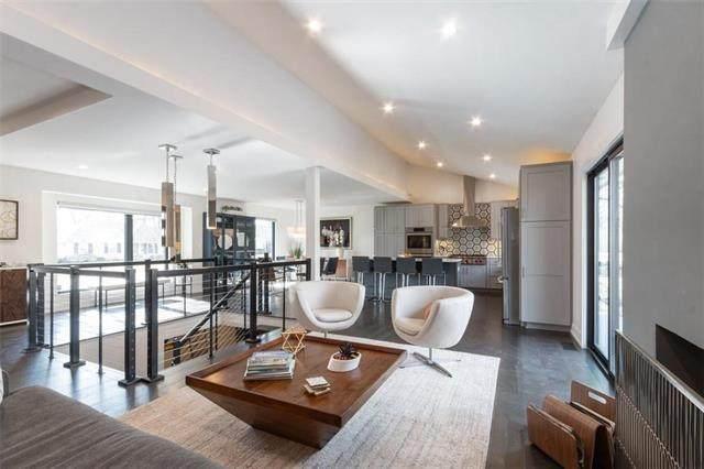 4310 W 82nd Terrace, Prairie Village, KS 66208 (#2207997) :: Austin Home Team
