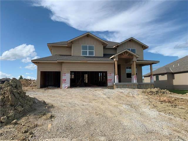 16924 S Hunter Street, Olathe, KS 66062 (#2208025) :: Dani Beyer Real Estate