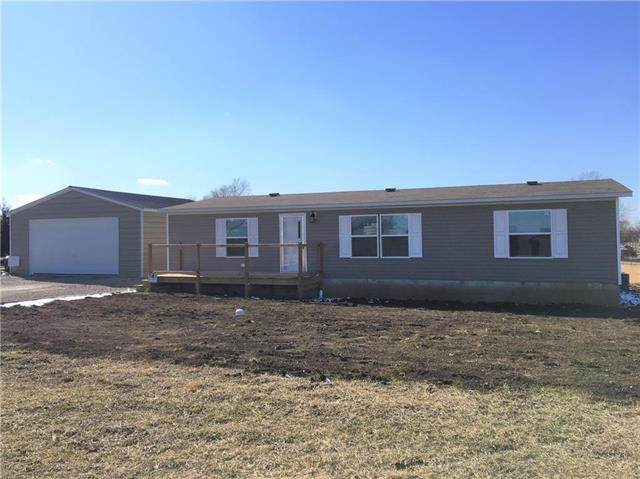 21 Red Tail Lane, Linn Valley, KS 66040 (#2208054) :: Eric Craig Real Estate Team