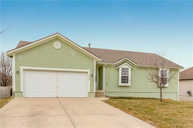20880 W 226th Street, Spring Hill, KS 66083 (#2208071) :: Eric Craig Real Estate Team