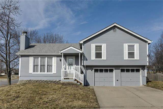 620 White Oak Lane, Liberty, MO 64068 (#2208084) :: Edie Waters Network