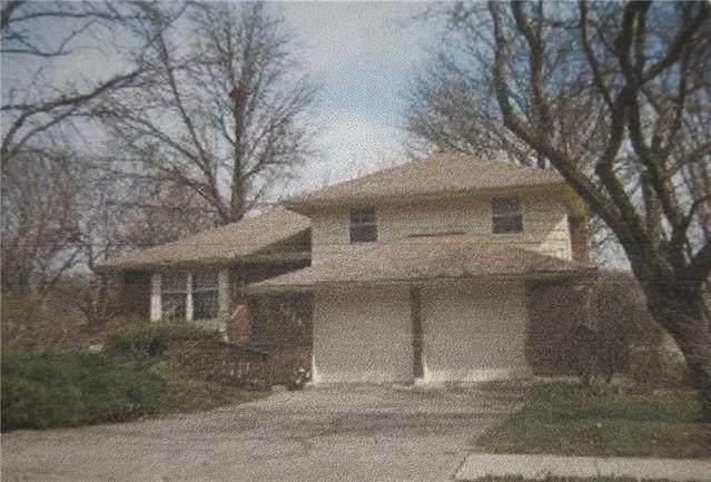 7316 NW 77 Terrace, Kansas City, MO 64152 (#2208242) :: The Shannon Lyon Group - ReeceNichols