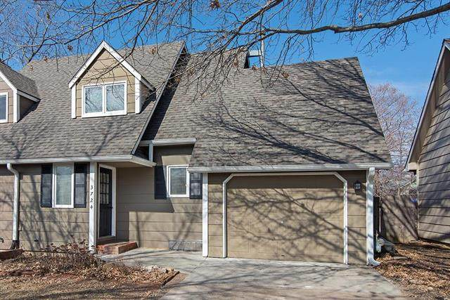 3724 Westland Place, Lawrence, KS 66049 (#2208244) :: House of Couse Group