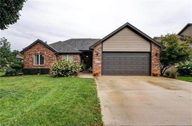 1101 NW Cedar Lane, Grain Valley, MO 64029 (#2208445) :: House of Couse Group