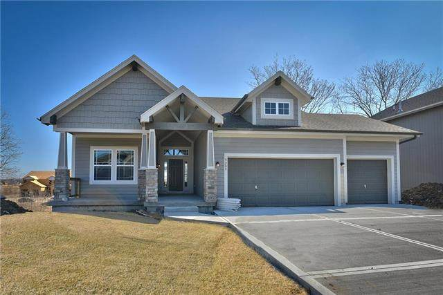 3421 N 128th Street, Kansas City, KS 66109 (#2208465) :: House of Couse Group