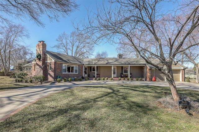 9440 High Drive, Leawood, KS 66206 (#2208479) :: Beginnings KC Team