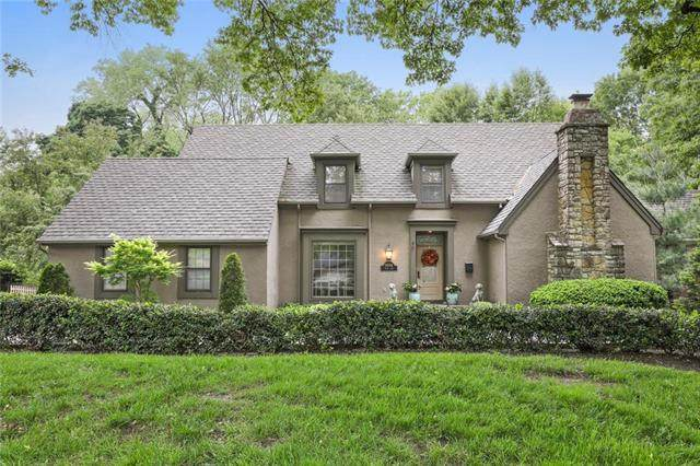 9604 State Line Road, Leawood, KS 66206 (#2208487) :: The Shannon Lyon Group - ReeceNichols