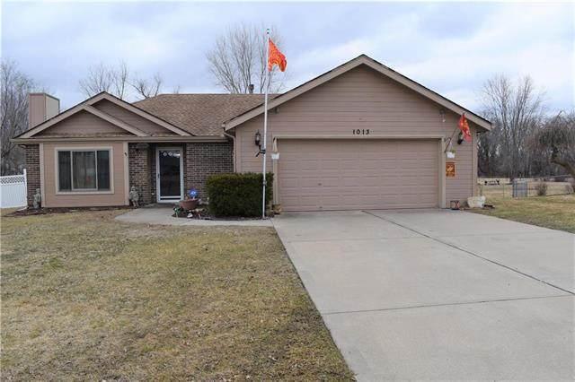 1013 Rock Creek Lane, Grain Valley, MO 64029 (#2208613) :: House of Couse Group