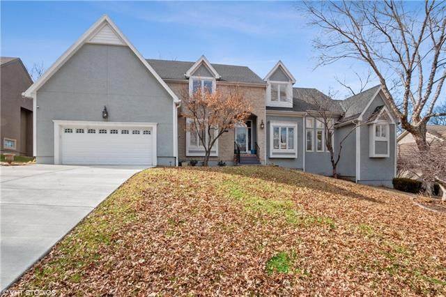 12412 Flint Street, Overland Park, KS 66213 (#2208813) :: The Shannon Lyon Group - ReeceNichols