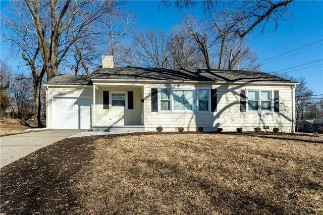 8667 Hadley Street, Overland Park, KS 66212 (#2209044) :: Eric Craig Real Estate Team