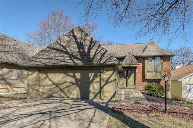 5220 NW 84th Terrace, Kansas City, MO 64154 (#2209692) :: Eric Craig Real Estate Team