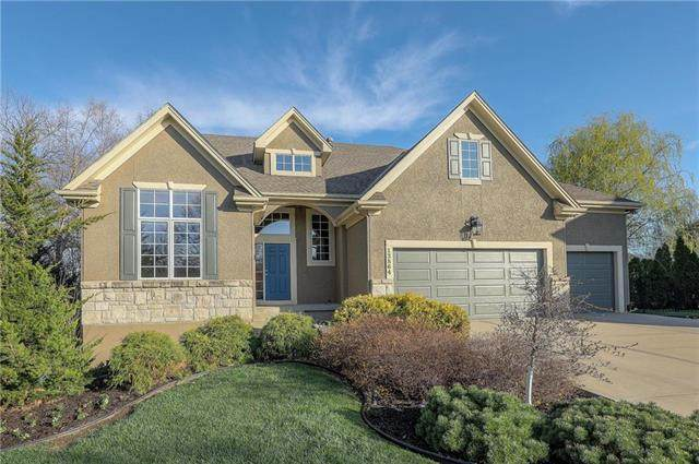 13864 W 140 Street, Olathe, KS 66062 (#2210049) :: NestWork Homes
