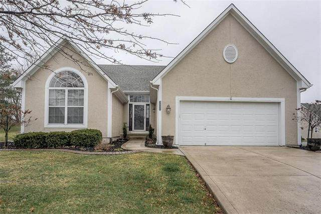 2457 SW Lilly Drive, Lee's Summit, MO 64081 (#2210435) :: House of Couse Group