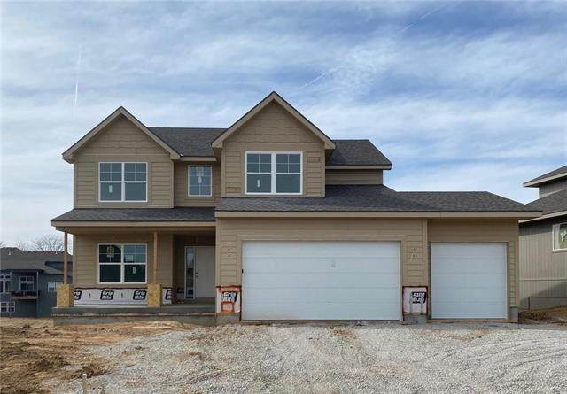 7460 NW Douglas Court, Parkville, MO 64152 (#2210504) :: Team Real Estate