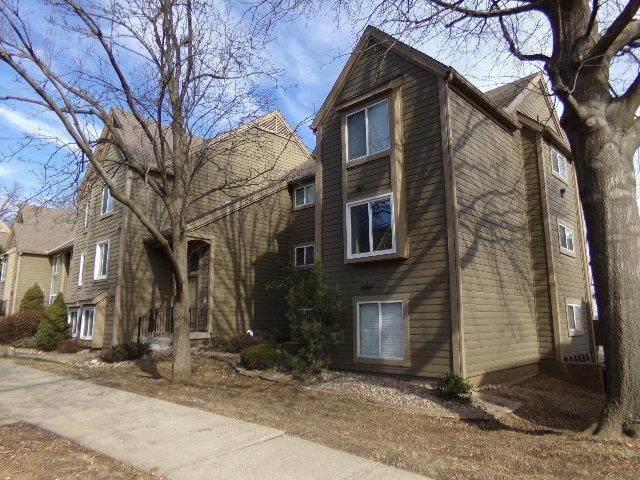 11118 Nieman Road #301, Overland Park, KS 66210 (#2210709) :: Team Real Estate