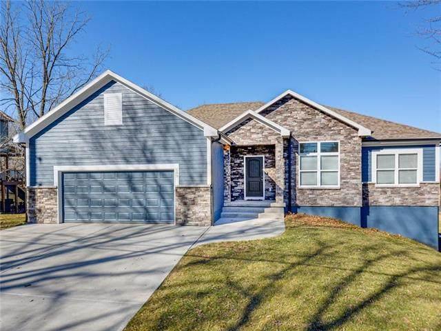 609 Campbell Street, Pleasant Hill, MO 64080 (#2210742) :: Dani Beyer Real Estate